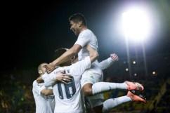Casemiro jumps his bros