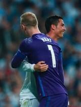 Cris hugs Hart
