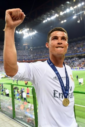 MILAN, ITALY - MAY 28: Cristiano Ronaldo of Real Madrid celebrates after the UEFA Champions League Final between Real Madrid and Club Atletico de Madrid at Stadio Giuseppe Meazza on May 28, 2016 in Milan, Italy. (Photo by Stuart Franklin - UEFA/UEFA via Getty Images)