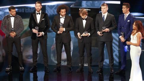 football-soccer-award-awards-ceremony-fifa-world_e4218636-d6a1-11e6-a260-7aa04c68bc63