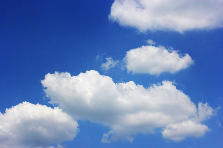 spotkanie po latach - chmury puchowe
