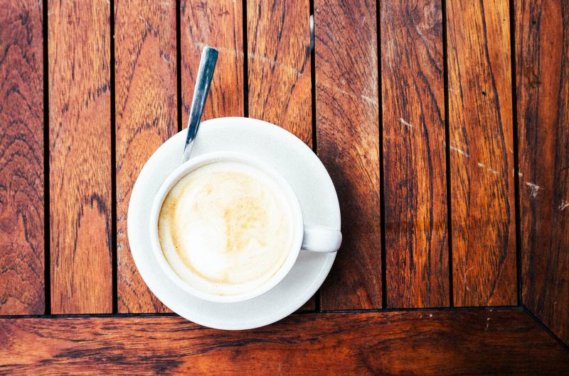 cofnąć czas - kawa z mlekiem