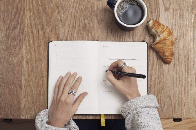 """pisanie w notesie - do posta """"ta ulotna wena"""""""