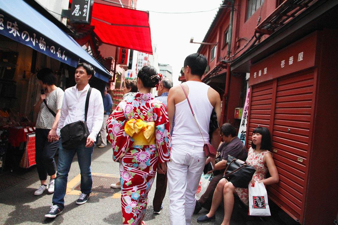 Woman dressed as Geisha in Asakusa Tokyo