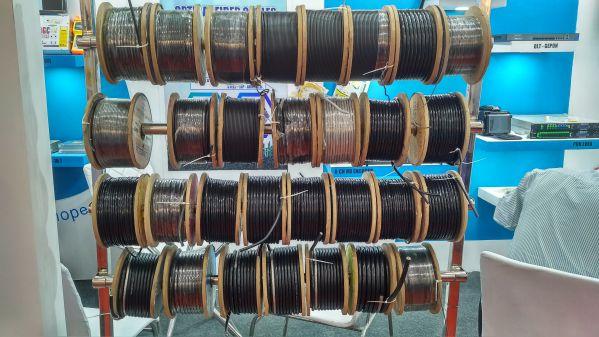 scat exhibition cables