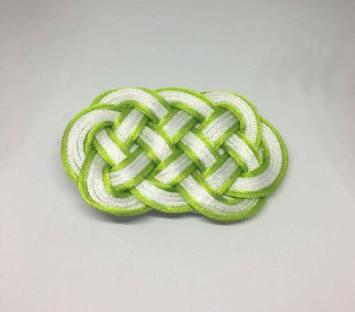 Knot_hairclip_greenwhiteoval