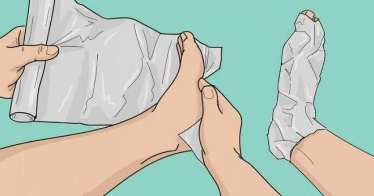 Оберните ноги фольгой в несколько слоев. То, что случится через 1 час, удивит вашего врача!