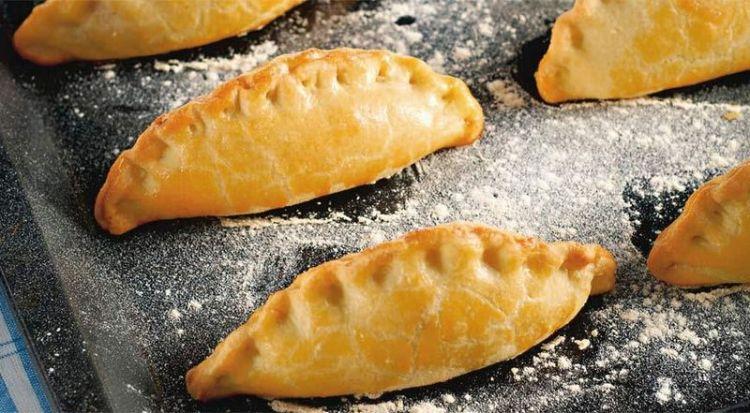 Пирожки с чесноком и сыром Фета: расширят ваши вкусовые границы и укрепят иммунитет