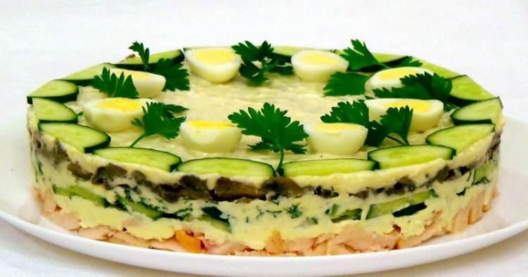 Салат «Курочка Ряба»: пошаговый рецепт здоровой вкусности для праздничного стола