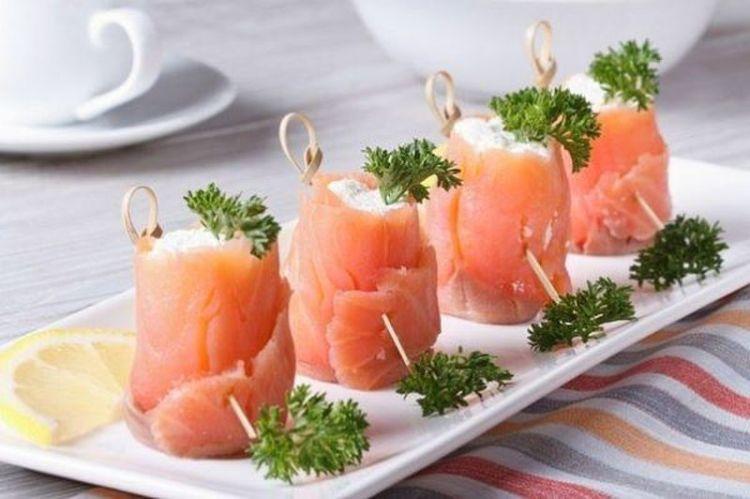 Изысканные рулетики из красной рыбы с творогом: верное решение побаловать себя любимого