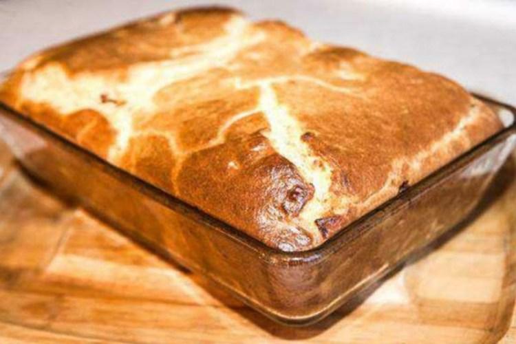 Дешево и сердито: готовим вкуснейший мясной пирог на кефире