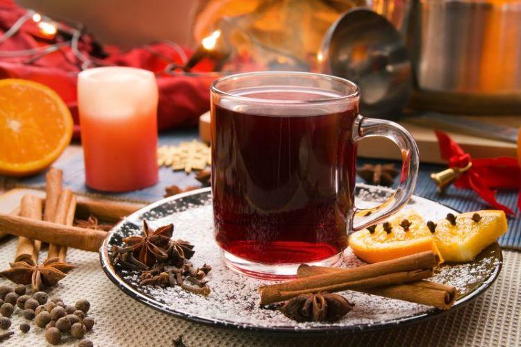 Пунш от простуды на чае или кофе: отличный способ побаловаться целительным горячим вином