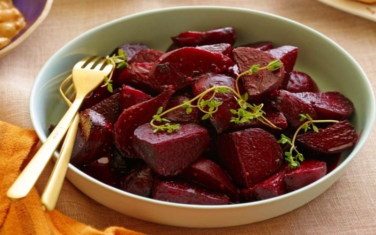 Свекла на страже вашего здоровья: полезный рецепт салата для зрения и печени