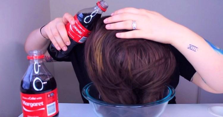 Какая-то волшебная водичка: что будет, если помыть голову Кока-колой