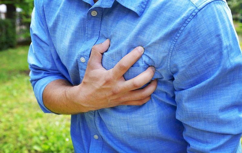 Грудная боль при тромбе