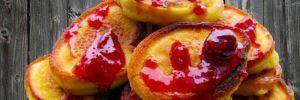Домашние оладьи на кефире: вкусный рецепт пышной радости для желудка и души