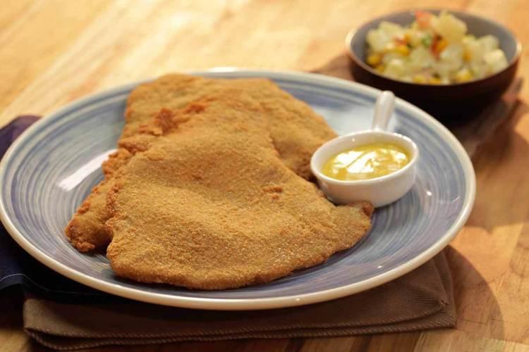 Вкусная миланеза: рецепт конвертов из свиного шницеля в сухарях