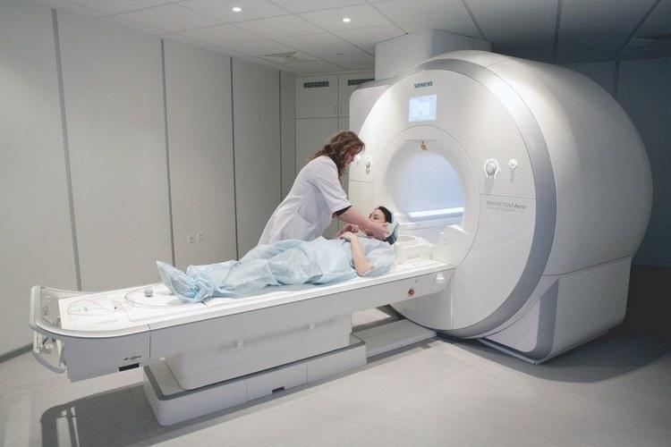 Магнитно-резонансная томография: что это за методика, какие патологии она выявляет, показания и противопоказания к ее проведению