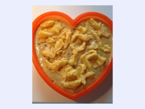 [cml_media_alt id='346']Custard and Chocolate Chip Sponge Cake[/cml_media_alt]
