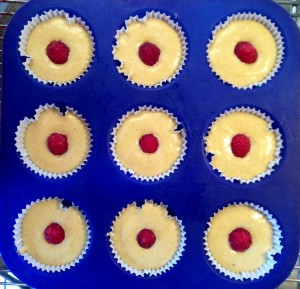 [cml_media_alt id='1116']Cupcakes allo Yogurt e Lamponi Freschi[/cml_media_alt]