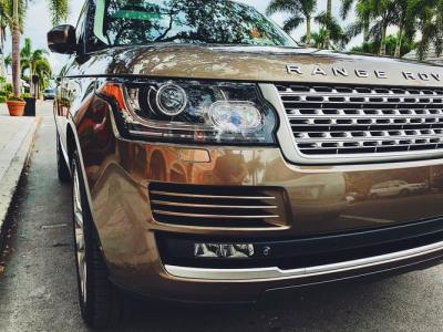 Range Rover luxury SUV