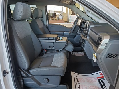 2021-2022 Ford F-150 XLT 40/20/40 with Workspace Console Seat Covers
