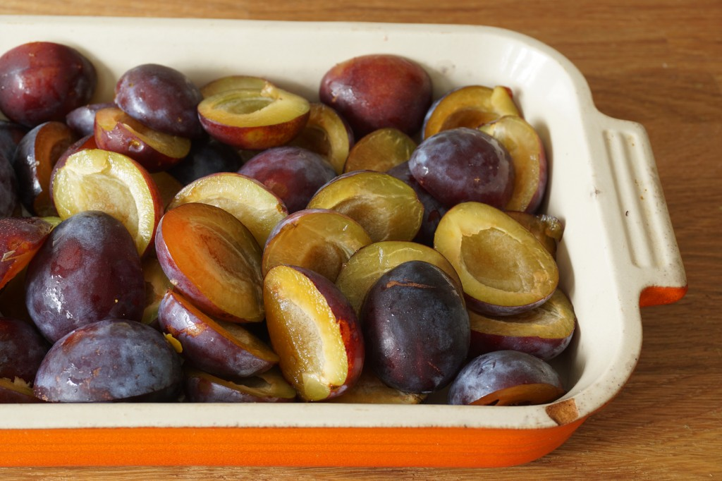 Plums for Crumble - Healing Family Eats