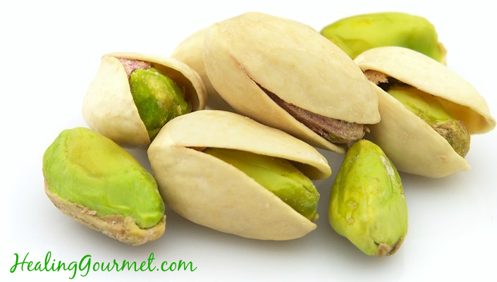 Heart Healthy Pistachios (Why You Should Eat MORE!)