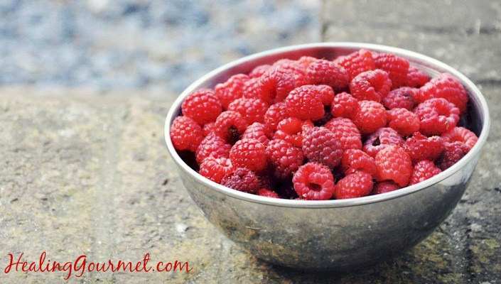 The Top 20 Antioxidant Superfoods (and How to Maximize Their Power!)