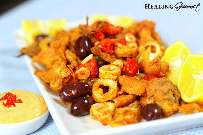 For a Paleo spin on this deliciously authentic Italian appetizer, check out our delicious calamari recipe that's free of gluten and grains!