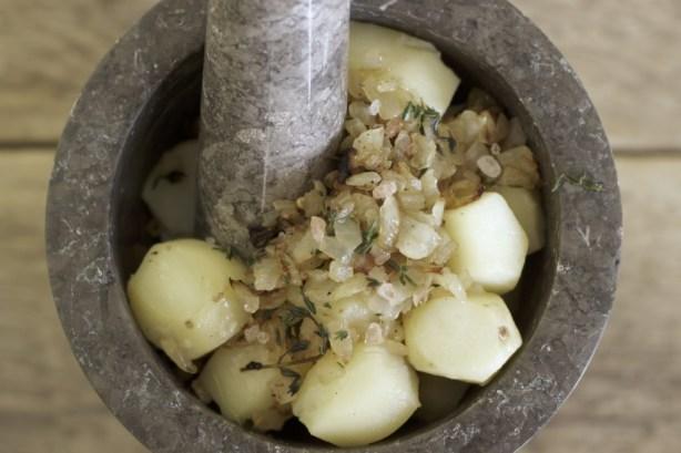 smashed jerusalem artichokes