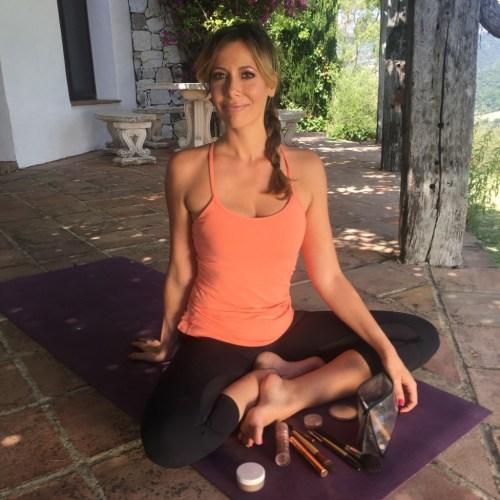 yasmina ykelenstam yoga shoot