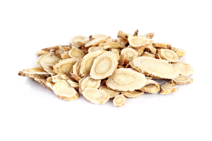 sliced dried astragalus root
