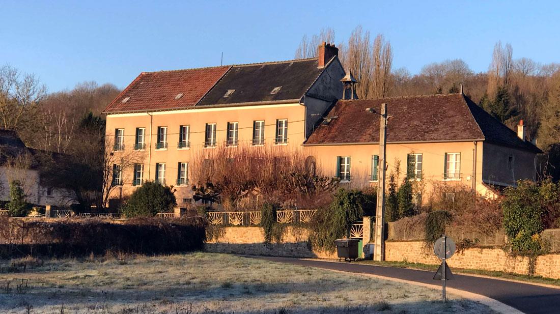 Monastère de la source Guérissante - Verdelot - Village des pruniers