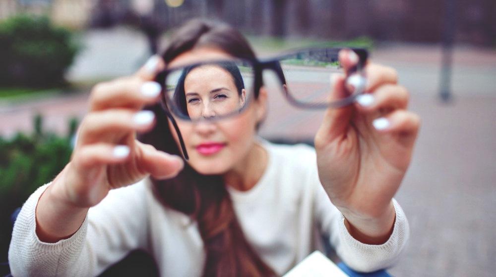 How To Improve Eye Health Naturally