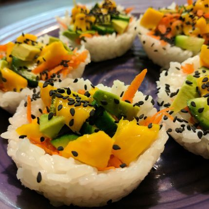 Garden Sushi Cups - an easy and tasty vegan sushi recipe