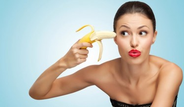 Human brain runs on carbohydrates - banana to the brain picture.