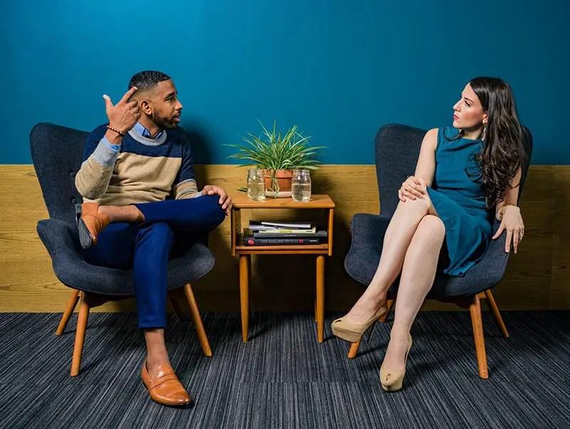 Gutes Gespräch führen emphatisches zuhören