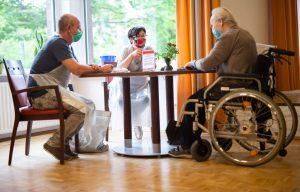 Nursing-led program reduces delirium in elderly patients after acute care