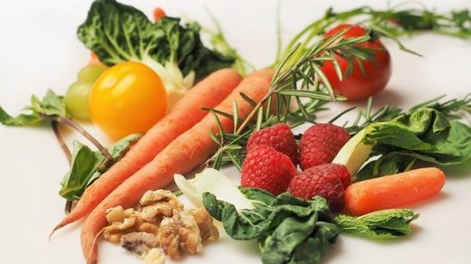 Why You Need to Eat Raw Food Now to Cope with Chronic Fatigue