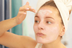 every-woman-should-know-these-15-tricks-with-baking-soda