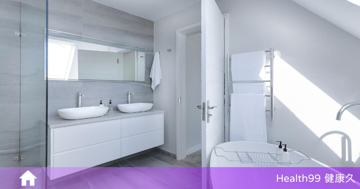 You are currently viewing 浴室總是有「小蟲子」?是害蟲嗎?要如何解決浴室小蟲?