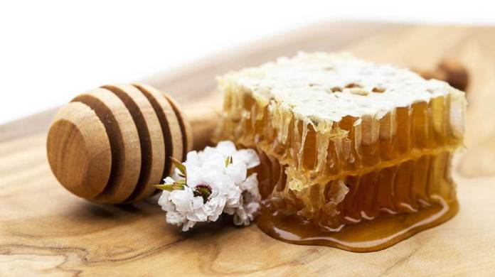 The Magical Manuka Honey And It's Uses For Acne Treatment