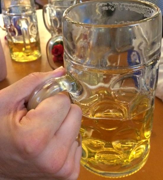 Oktoberfest: Sicher feiern auf der Bierbank2 healthandthecity.de