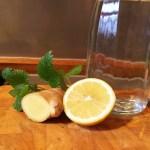Silvester-Drink Gegen Kater hilft Ingwer mit Zitrone