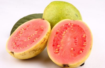 The Fruit that Naturally Reverses Diabetes