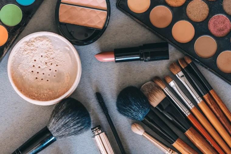 Minimalist Beauty Routines