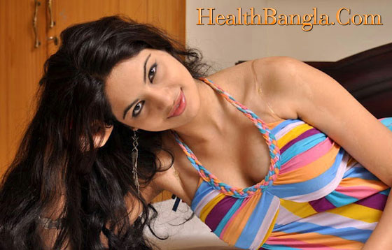 Deshi-Breast-with-Bra