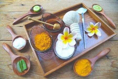 How to remove facial hair with turmeric