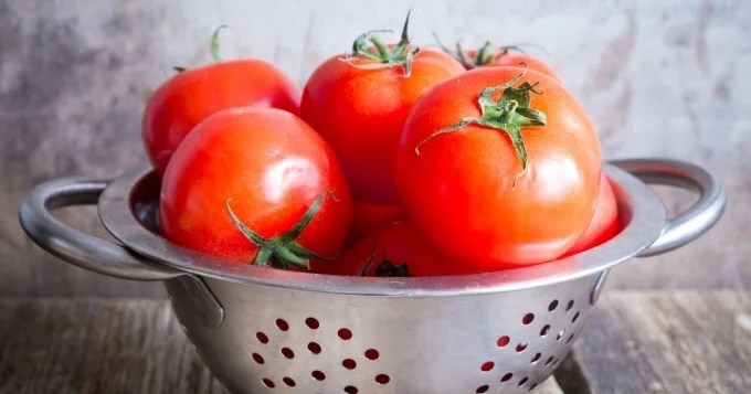 10 unsuspected health benefits of tomatoes